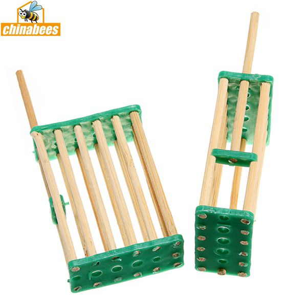 Bamboo Bee Multifunction Queen Cage