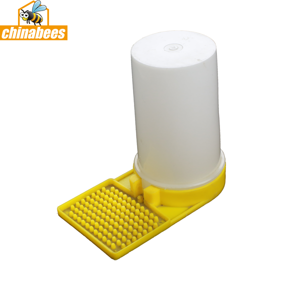 Plastic Entrance Bee feeder