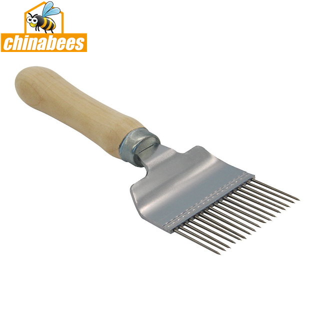 BT-005 Wooden handle uncapping fork